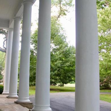 Loretto Mansion Historic Columns